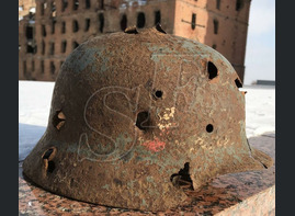 "German helmet M35 ""Double dekal"" / from Stalingrad"