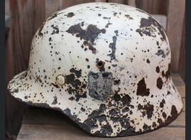 Winter camo Wehrmacht helmet M35 / from Novgorod