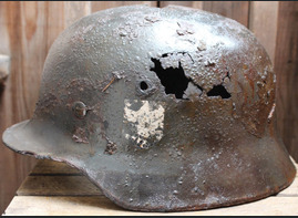 Spanish Blue Division helmet M40 / from Leningrad