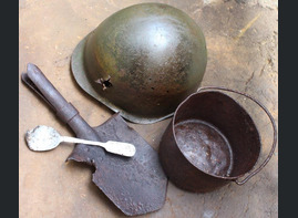 Soviet helmet SSh40 + Mess tin + spoon + shovel / from Karelia