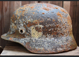 Winter camo Wehrmacht helmet M40 / from Smolensk