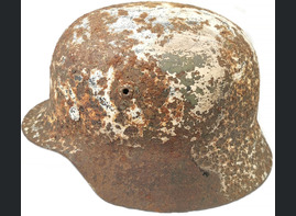 Winter camo German helmet M35 / from Stalingrad