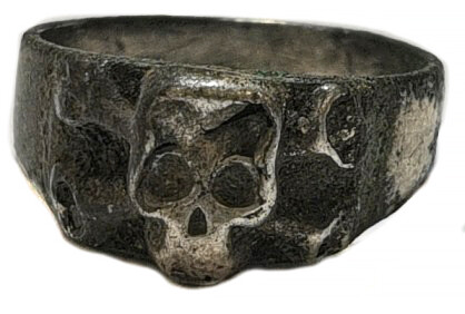 German ring with skull / from Stalingrad