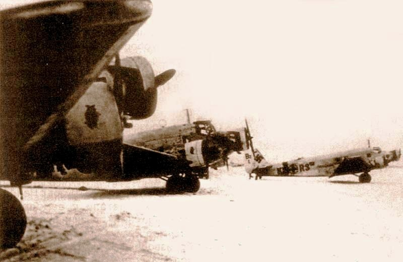 Junkers Ju 52 in Stalingrad pocket, repainted into white, are getting ready for a flight