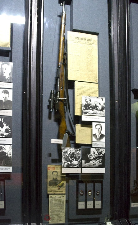 V. Zaytsev's sniper rifle is kept in one of the museums in Volgograd