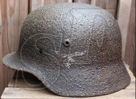 Luftwaffe helmet M40 / from Leningrad