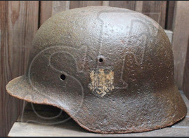 Wehrmacht helmet М35 DD / from Velikiye Luki