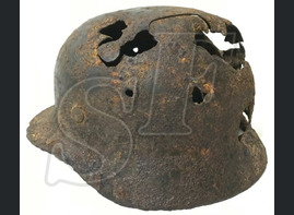 German helmet М40 / from Stalingrad