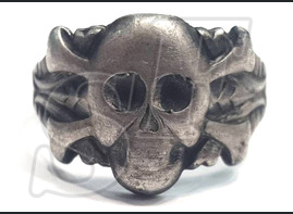The skull ring of 3 Reich