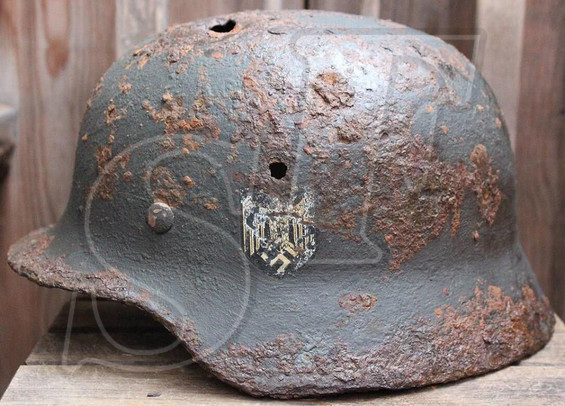 German helmet M35, Wehrmacht / from Stalingrad