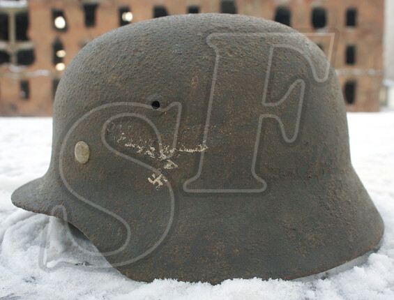 German helmet M40, Luftwaffe / from Stalingrad