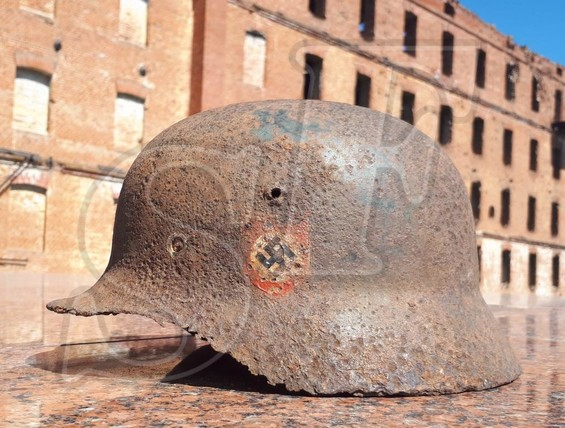 "German steel helmet M35 ""SS double decal"""
